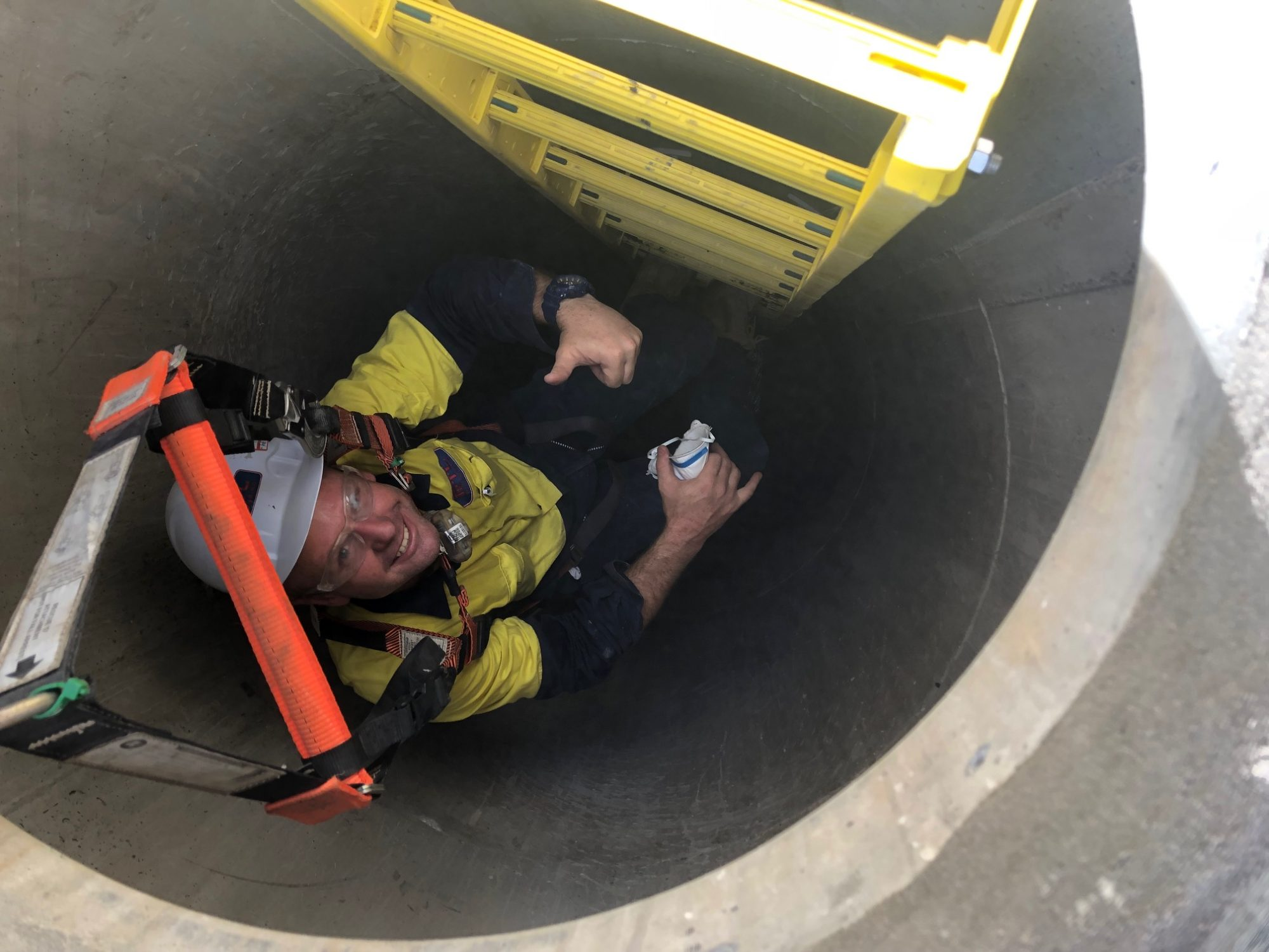 RTL Trades Team safely working in a confined space